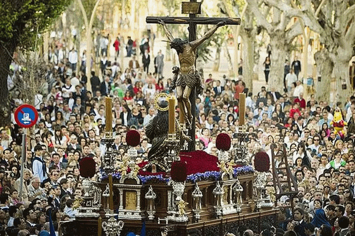 Easter-in-Seville