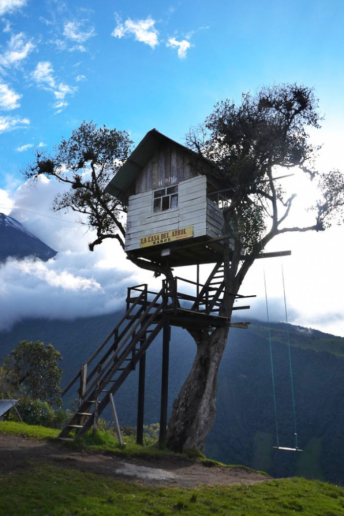 Post-The-Most-Beautiful-Treehouses-From-All-Over-The-World2__700