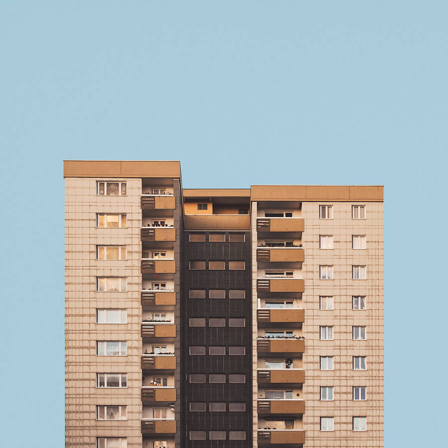 Stacked-Minimal-Berlin-post-war-architecture-4__880 (1)